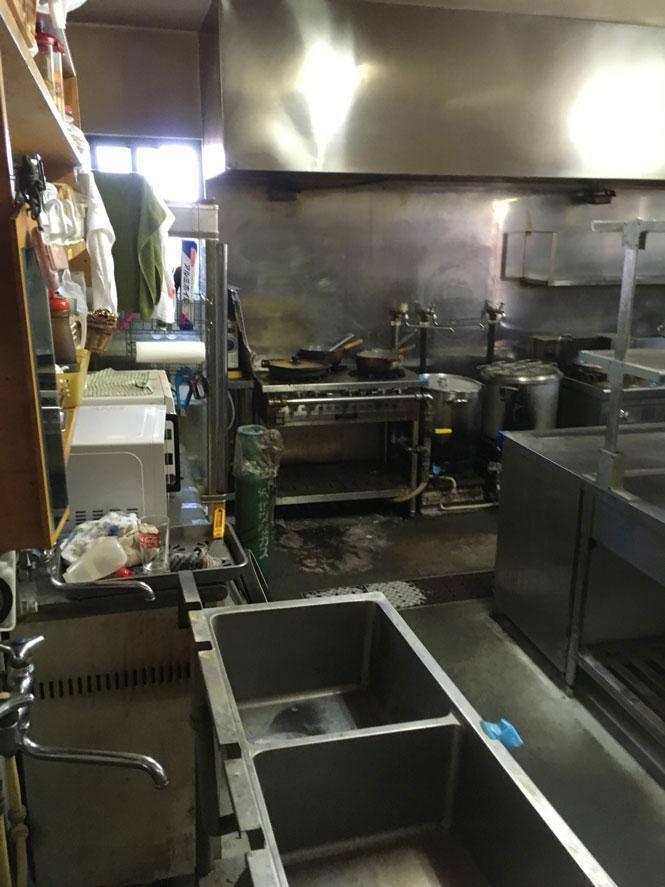 岡谷市にて中古厨房機器引上げ